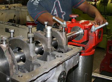 Engine Reconditioning | Overhauling | Reboring | Honing